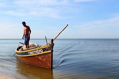São Pedro D'Aldeia (Fabiano Caetano) Tags: pordosol praia barco lagoa aldeia sãopedro araruama sãopedrodaldeia