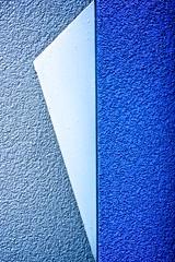 Texture - 78/365 (Vlachbild) Tags: blue wall structures postbox trier pfalzel sundaychallenge tamronspaf60mmf2diiimacro sonyslta65