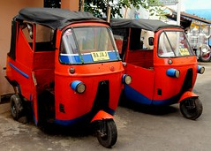 Bajaj (Made in India) As seen in the James Bond's movie Octopussy (Prayitno / Thank you for (10 millions +) views) Tags: museum indonesia java early outdoor tricycle taxi style east transportation jawa batu motorized timur bajaj angkut konomark