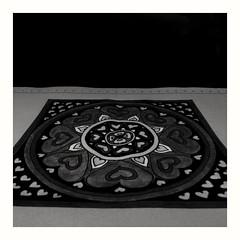 La magia solo est en el ojo de quien quiere apreciarla... (Sury Dayanna) Tags: blackandwhite inspiration art blancoynegro beautiful beauty amazing moments drawing picture mandala zen draw capture dibujo momentos dibujando
