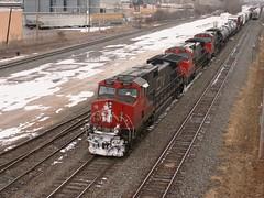 Cold Elephants (Wide Cab) Tags: cn train freight canadiannational manifest neenahwi a447 neenahsub