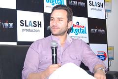 Saif Ali Khan promotes Agent Vinod at Reliance Digital Store, Pune (Reliance Digital Store) Tags: saifalikhan bollywoodmovie reliancedigital agentvinod reliancedigitalstore