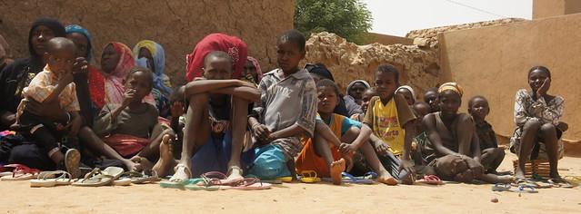 Femmes et enfants déplacés     © EC/ECHO/CYPRIEN Fabre