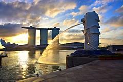 Merlion (Kenny Teo (zoompict)) Tags: sunrise photographer waterfront merlion onefullerton singaporemerlion zoompict