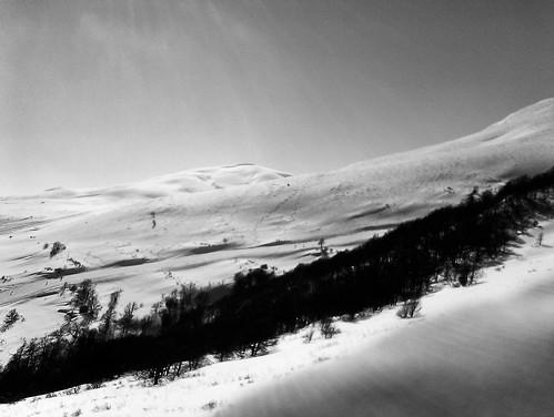 Sun, snow