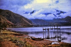 Lago de Atitln (David K. Edwards) Tags: lake clouds boats volcano pier cloudy guatemala windy atitlan shore volcanoes stormcoming pachelbelcanon