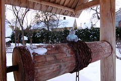 Well in the village (KaterRina) Tags: bear winter snow toy village well tokina oneobject365daysproject tokina1116 pukatukas