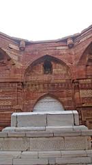 Iltutmish's mausoleum (Shoummo ()) Tags: delhi qutubminar iltutmish qutubcomplex  saeedshoummo  shoummo  mamlukdynasty