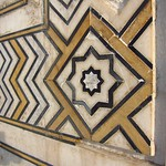 "Geometric Inlay at Taj Mahal <a style=""margin-left:10px; font-size:0.8em;"" href=""http://www.flickr.com/photos/14315427@N00/6924652799/"" target=""_blank"">@flickr</a>"
