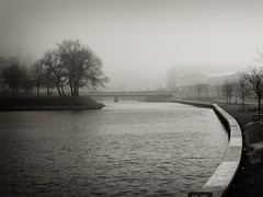 Malm Channel (Rutger Blom) Tags: city trees water sweden malm vatten malmo