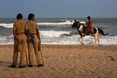 Marina beach, Chennai (Marji Lang Photography) Tags: ocean street travel light sea sky people horse india beach composition sand women uniform afternoon indian madras police sunny scene late uniforms marinabeach chennai indien tamil tamilnadu streetshot horseman policewomen endoftheday tamoul travelphotography republicofindia indianpolice ef247028l indiansubcontinent  canoneos5dmarkii bhrat travelanddocumentaryphotography  marjilang