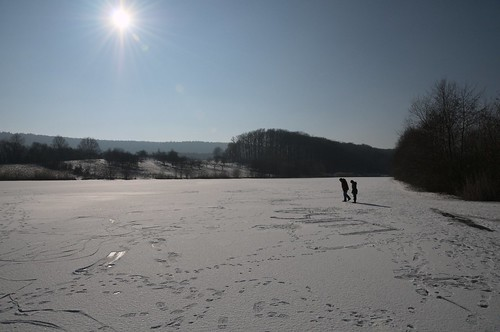 "Ehmetsklinge lake winter snow ice Zaberfeld Germany ""Lens Nikon 16-85mm f/3.5-5.6G ED VR DX AF-S Nikkor"""