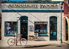 Starrlight Books (benjaminwelliott) Tags: arizona usa bike cityscapes bookstore flagstaff warmlight starrlightbooks