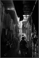BATIBURRILLO Y BARULLO [ZOCO, MARRAKECH] (RUA DOS ANJOS PRETOS) Tags: morocco marrakech marruecos zoco barullo cruzadas batiburrillo ltytr2 ltytr1 a3b