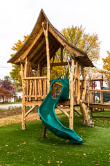 _DSC4799.jpg (bristolcorevt) Tags: playground bristol vermont outdoor swings structure treehouse bristolvt towngreen