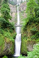Multnomah Falls (Herculeus.) Tags: usa mist nature water pool oregon outside outdoors or may bridges waterfalls columbiagorge multnomahfalls 2016