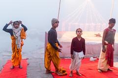 Morning Prayer-DSC_1311-2 (thomschphotography3) Tags: india boys students fog children asia colours prayer praying earlymorning streetphotography varanasi colourful hindu hinduism ganges benares