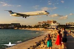 InselAir MD-83_AS5J1786 (RJJPhotography) Tags: aviation caribbean sxm princessjulianainternationalairport saintmaarten avgeek
