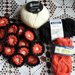 What is it gonna be? (Kiwi Little Things) Tags: flowers crochet puffs