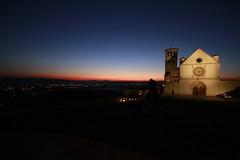 Assisi - vista al tramonto sulla basilica maggiore (paolin0) Tags: amici amore assisi francesco