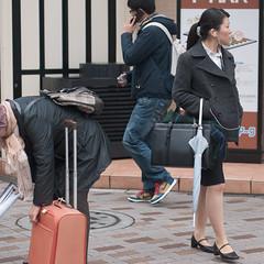 三者三様 (kasa51) Tags: street city people japan digital lumix tokyo panasonic f18 olympuspen 45mm gf1 mzuiko