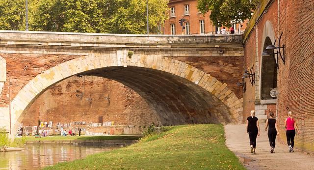 A Garonne Stroll