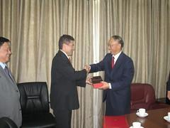 Lui Peng Presidente del Comité Olimpico de China y Ministro de deportes de China, junto a Juan Carlos Ramirez