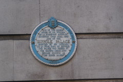 Photo of William de la Pole, Michael de la Pole, and Suffolk Palace white plaque