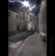 Funchal street (Descended from Ding the Devil) Tags: street portugal rua madeira hdr funchal 3exposures