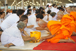 A mass ordination of 12,000 monks