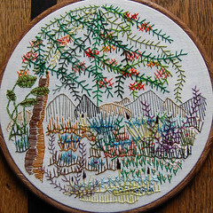 tree (HGK handmade) Tags: fly needlework stitch embroidery feather buttonhole herringbone cretan ree hgk borduren flystitch tast featherstitch takeastitchtuesday herringbonestitch buttonholestitch cretanstitch freeembroidery pintangle fsfeature tast2012 hetgroenekamertje takeastitchtuesday2012