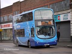 Transdev Yorkshire Coastliner 422, BD11CEF. (EYBusman) Tags: bus eclipse volvo town coach yorkshire centre north scarborough wright gemini malton westborough coastliner blazefield transdev b9tl eybusman bd11cef
