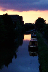 Coventry Canal, Atherstone, England (Richard+Rachel) Tags: uk greatbritain england unitedkingdom britain warwickshire atherstone coventrycanal
