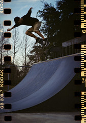 Lake Black - bs air (Steven Barchus) Tags: tlr film analog 35mm skateboarding bs ollie skatepark xenar f35 75mm rolleicordv kodakgold200iso backsideair 35mmrolleikinkit