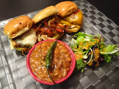 CHICKEN SLIDERS! (Borna Mentalcase) Tags: food chicken glass beans plate gourmet clear baked sliders