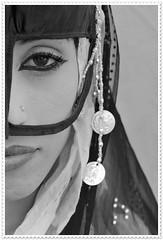 muscat002Muhoot (Mr Abri) Tags: silver women jewellery rings ear antiques bracelets oman muscat nizwa pendants muttrah abdullah  anklets blueribbonwinner   supershot   omania bej abigfave platinumphoto anawesomeshot      alabri