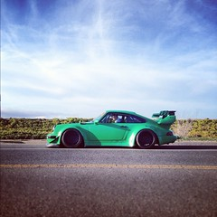 RWB Porsche in San Francisco (jeremycliff) Tags: cliff green race euro 911 jeremy exotic turbo porsche custom expensive rare rwb jeremycliff photomotive thephotomotivecom jeremycliffcom rwb911