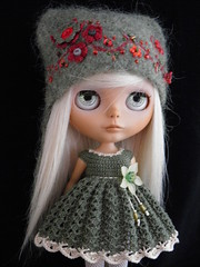 For nammiesgal (Leshan1) Tags: hat blythe leshan feltedhat blythedress dollcrochet leshancrochet
