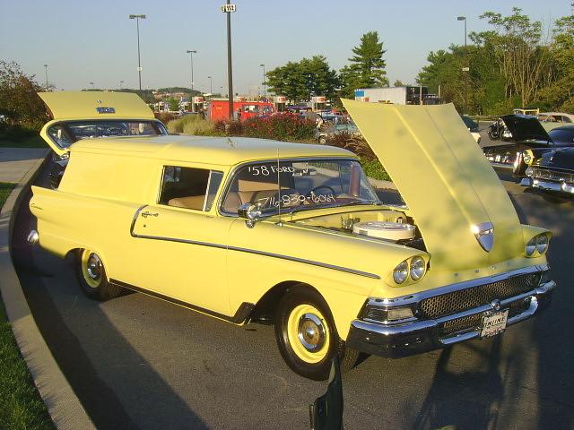 ford panel 1958 van courier carshow sedandelivery hersheypa aacaeasterndivisionfallmeet