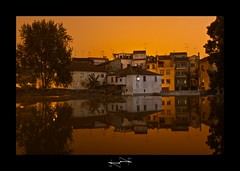 reflet portugal ('^_^ D.F.N. Damail ^_^') Tags: voyage city light favorite color art love portugal architecture night canon reflections pose word french geotagged fun photography photo reflex europe flickr gallery niceshot photographie photos picture award best fave views 7d monde nuit reflets franais artiste photographe longue favoris photomatix poseb dfn damail borderfx ilustrarportugal francais wwwdamailfr