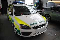 East of England Ambulance Service / Ford Focus / Rapid Response Car / 191 (Chris' Transport Pics) Tags: life uk blue light england ford film car speed hospital lights nikon focus bars pix 2000 fuji threatening united fine 911 blues samsung kingdom ambulance east medical health national nhs finepix trust and fujifilm service hd saving emergency medic paramedic savers 112 essex rapid siren 191 workshops response 999 twos strobes lightbars rrv rotators of d3000 leds s2750