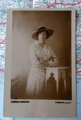 Studio Portrait of a lady. (Mr_B_Flneur) Tags: liverpool studioportrait widebrimmedhat limestreetliverpool floralchintz
