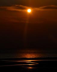 2014-04-19 (Gim) Tags: sunset france frankreich nordpasdecalais manche englishchannel frankrig coucherdesoleil solnedgang hardelot frankrike solnedgng lamanche pasdecalais ctedopale hardelotplage rmelkanal neufchtelhardelot engelskakanalen engelskekanal