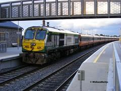 221, Portarlington, 04-09-2008 (MidlandDeltic) Tags: ireland trains railways irishrail 201 generalmotors portarlington emd iarnródéireann
