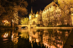 WONDERLAND (Rober1000x) Tags: park city longexposure lake castle architecture night arquitectura europa europe budapest 2014 terezvaro