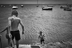 (thierrylothon) Tags: leica monochrome sport flickr paysage publication noirblanc personnage aquitaine gironde lefour activit leicaq fluxapple presquileducapferret presquilecapferret