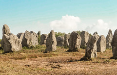 Carnac (m-g-c photographie) Tags: old france nature rock landscape roc photo brittany outdoor ngc bretagne breizh mgc paysage rocher roche ancien alignment carnac alignement menhir exterieur alignementdecarnac extrieur alignmentofcarnac