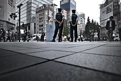 dp0q_160530_A (clavius_tma-1) Tags: tokyo police sigma summit 東京 akihabara quattro 秋葉原 g7 警視庁 dp0 中央通り