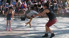 File0208 (mariej55quebec) Tags: artist artistes vieuxqubec spectacle jongleur acrobates artistesderue amuseurs