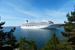 Crystal Symphony (evisdotter) Tags: seascape cruiseship mariehamn land crystalsymphony crystalcruises sooc vsterhamn